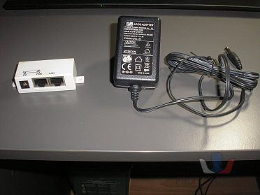 Power-over-Ethernet injektor a AC/DC ADA