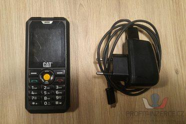 Odolný mobilní telefon CAT B30 DualSIM