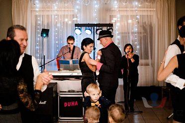 Živá hudba na svatby, oslavy
