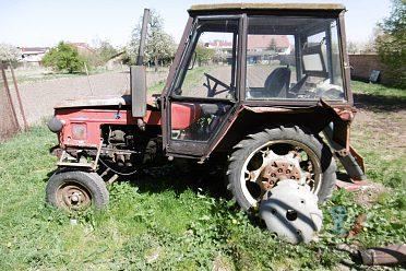 Traktor Zetor,autogen,trojnožka,vozik,