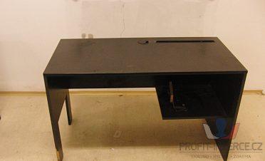 Nabízíme kancelářské a počítačové stoly