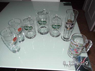 Pivní sklenice.