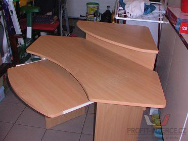 PC stůl