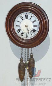 Staré stylové kuchyňské hodiny