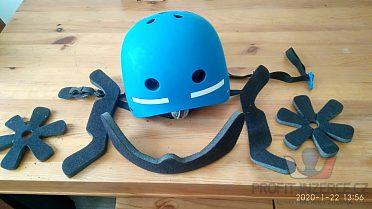 Skateboardová helma, nová