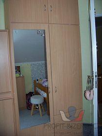 Nábytek do dětského/studenského pokoje