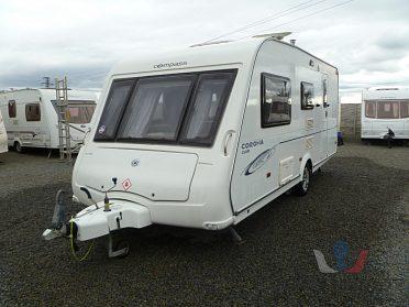 Anglický karavan Compass Corona Club