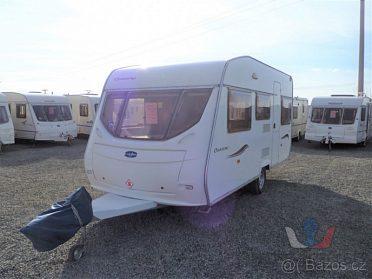 Anglický karavan Lunar Chateau 450
