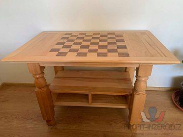Prodám šachovnicový stolek