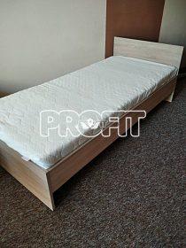 Postel s matrací s paměťovou pěnou
