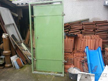 dveře+radiator