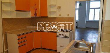Pronájem přízemního bytu 1+1 41m2 Zborovská, P5