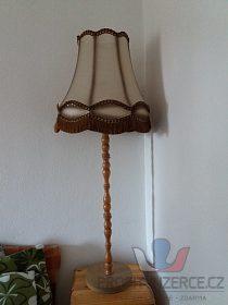 Stojaci lampy