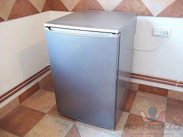 Lednice s mrazáčkem VESTEL stříbrná