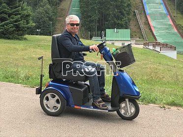 Elektrické vozíky-skútry pro seniory