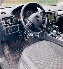 VW touareg 3litr V6najeto 201000tis km r.v2012