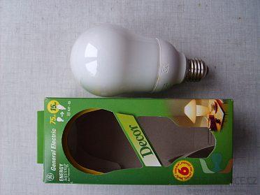 úsporná žárovka teplá 75W (spotřeba 15W)