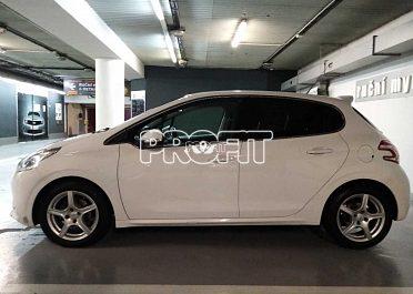 Peugeot 208 1,4 VTi, 70 kW 65000km