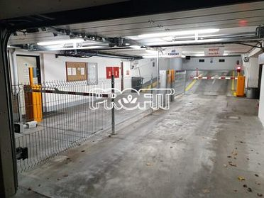 Dlouhodobě pronajmu garáž Praha 4 Pankrác