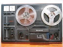 Stereo magnetofon B-101