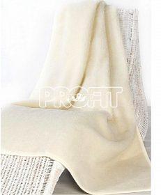 Teplá deka z ovčí vlny