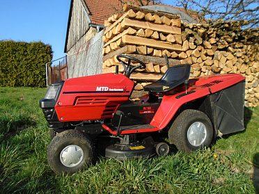 Koupím sekačku MF 70/ VARI / Zahradní traktor