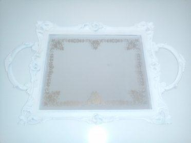 Nový bílý dekorativní zámecký tác zrcadlový