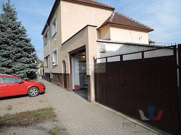 Pronájem rodinného domu Horní Heršpice, 180 m2
