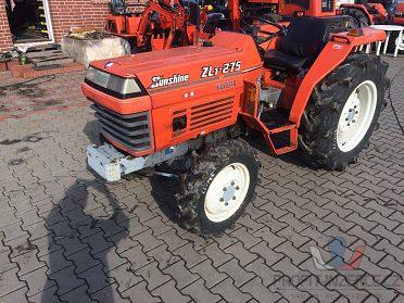 Robustní výkonný traktor kubota ZL1-275,