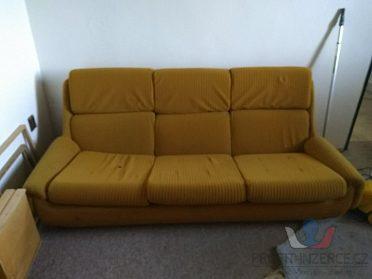 Prodám žlutý gauč za 100,- Kč