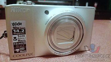 Nikon Coolpix S 8000, pouzdro, karta.