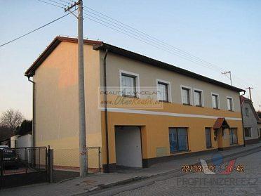 Pronájem bytu 3+1 v OV Hranice IV-Drahotuše, 25 m2