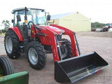 Traktor Massey-Ferguson 4c6c10