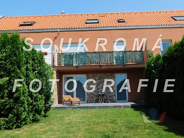 RŘD 5+kk/balkón/terasa/zahrada, 248 m2