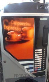 Nápojový automat na 10 druhů nápojů