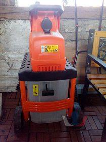 Zahradní drtič Power cut 2800