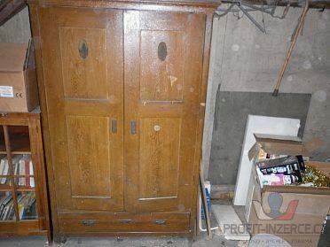 skřín