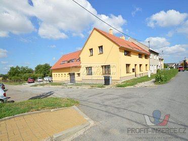 Pronájem bytu 1+1 v OV Beňov, 50 m2