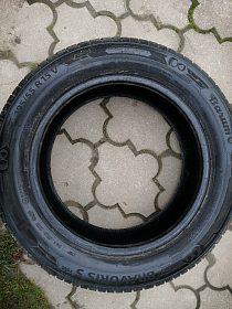 Prodám pneu