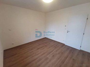 Pronájem bytu 2+kk/39m²/ v Olomouci, na ul. Černá cesta