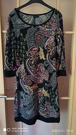 Elastické šaty