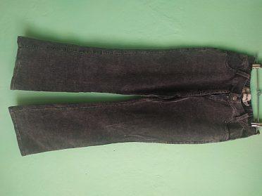 Troje manžestrové kalhoty vel.158