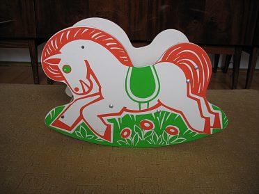 Dětská houpačka-koník.