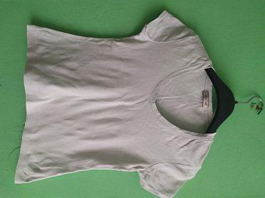 Pět triček vel.38