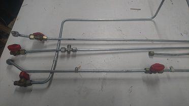 Potrubi trubičky k plynovemu spotrebiči