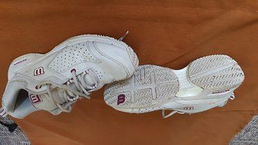 Bílé botasky