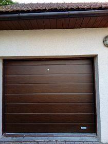 Pronajmu garáž blízko centra Olomouc-Lazce za 1200,-/měsíc.