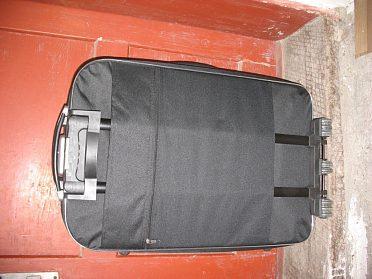 Kufr cestovní velký - pův.cena 1300Kč.