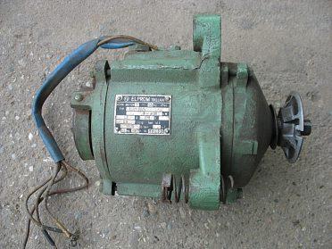 Elektromotor asynchronní 220V-sleva 100Kč