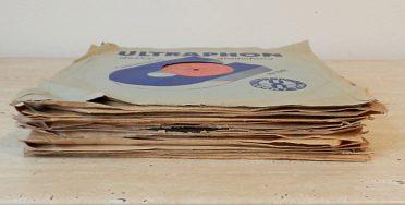 21 starožitných šelakových gramodesek o průměru 30 cm